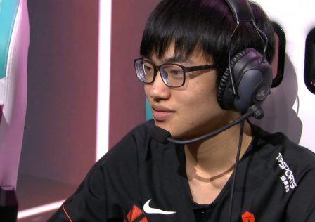 TOP-Esports-Yuyanjia